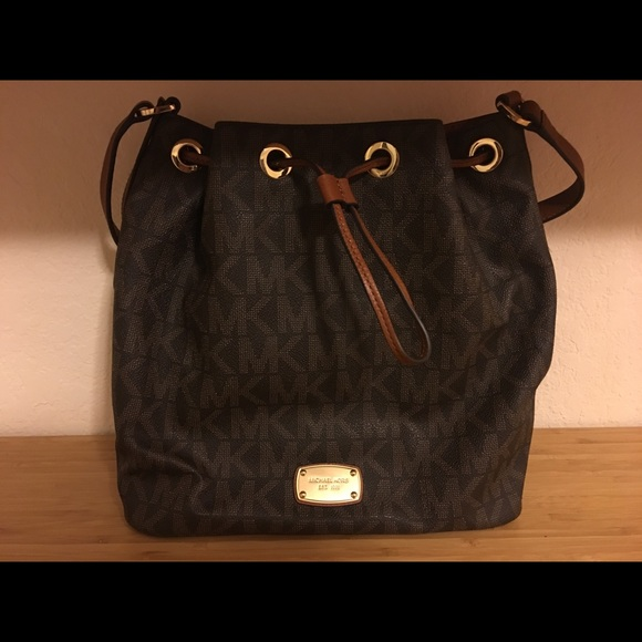 03845a7432f6 MICHAEL Michael Kors Bags | Jules Drawstring Shoulder Bag | Poshmark